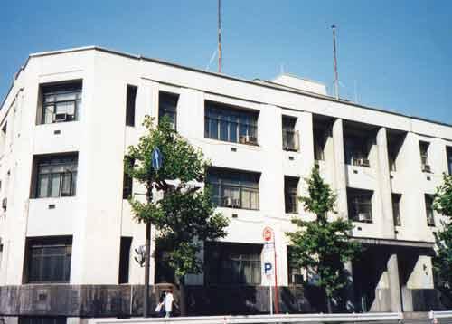 ライジングサン石油横浜本社